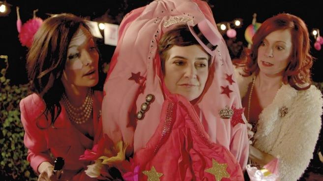 Guinevere Turner, Anna Margarita Albelo y Carrie Preston en un momento de la película.