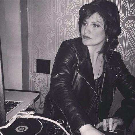 Camila compagina su carrera como músico en UH HUH HER con la de DJ, y es una de las cabezas de cartel de las LUC Party.