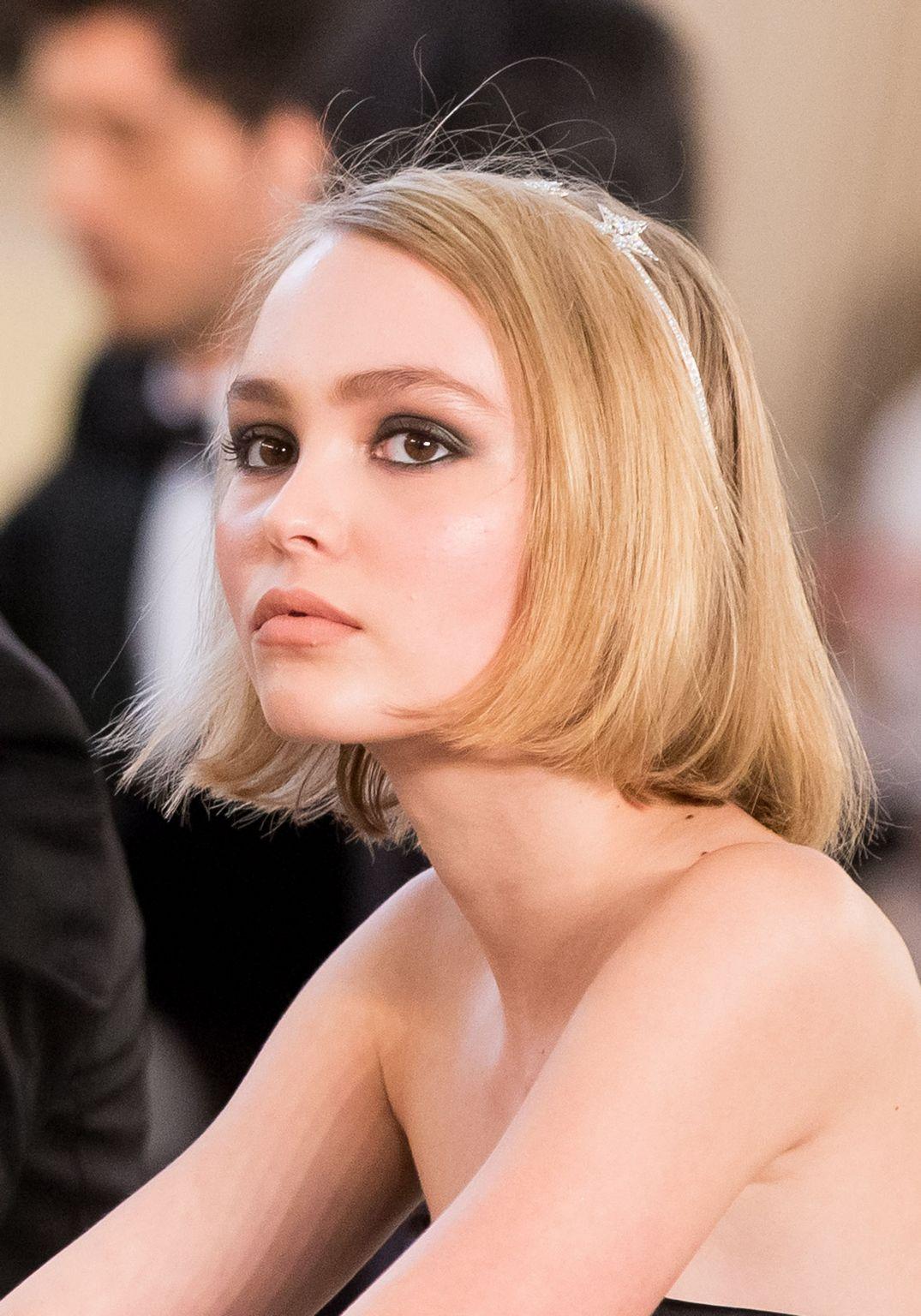 A pesar de su juventud, la hija mayor de Johnny Depp y Vanessa Paradis no ha dudado en mojarse para luchar a favor de los derechos LGTB.