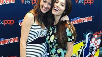 """Amy Acker y Sarah Shahi vuelven al lesbiataque en la nueva temporada de """"Person of interest"""". Por eso se han dejado """"cazar"""" juntas en la comic con de NY."""