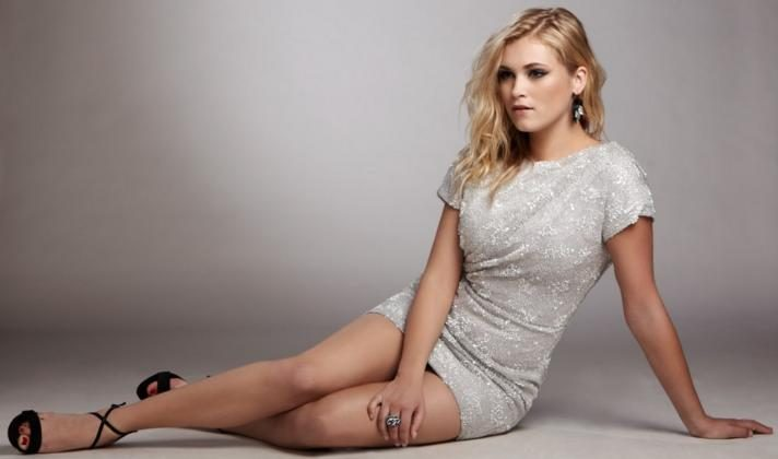 Eliza Taylor lesbiana.es