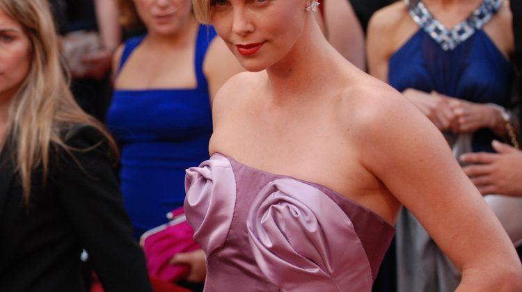 Lesbiana.es - Charlize Theron bisexual