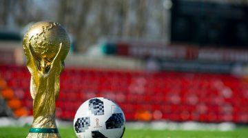 Lesbiana.es - Homofobia en el fútbol - de nuevo de la mano