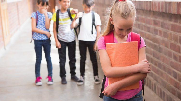 Hoy queremos tratar un tema muy delicado: la homofobia en las escuelas.