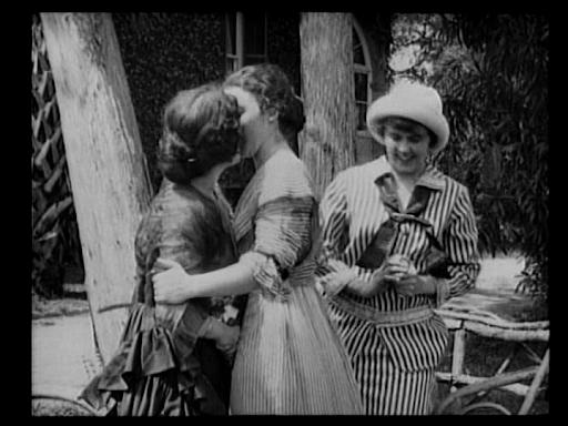 primeros besos lésbicos de la historia del cine